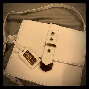 💯 Badgley Mischka crossbody purse or side purse.